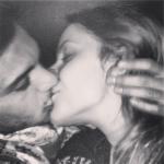 anna emanuele bacio coppia